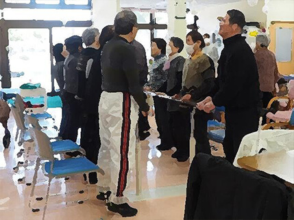 健康運動指導士による集団体操